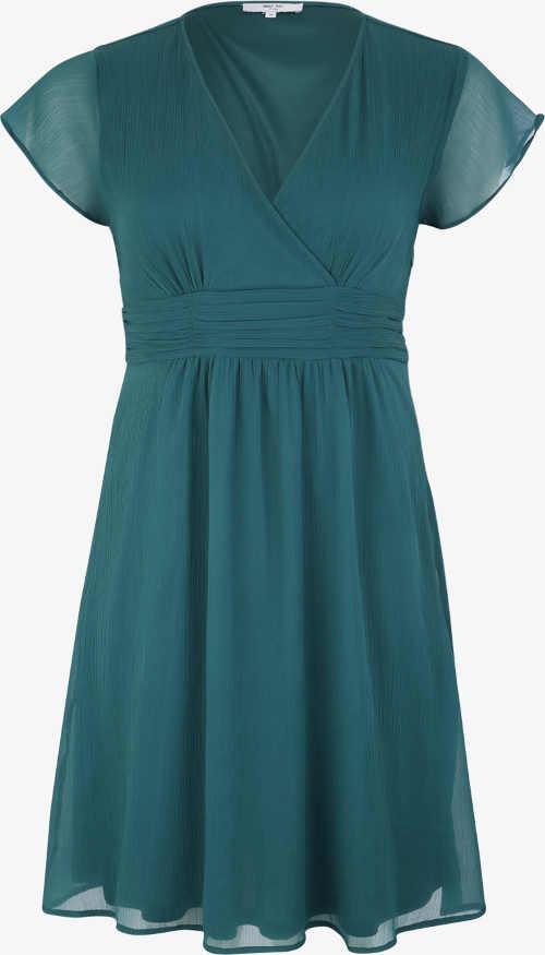 Koktejlové šaty pre plnoštíhle smaragdovej farby