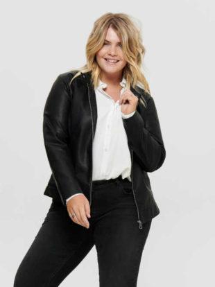 Štýlová dámska čierna krátka bunda na zips v imitácii kože