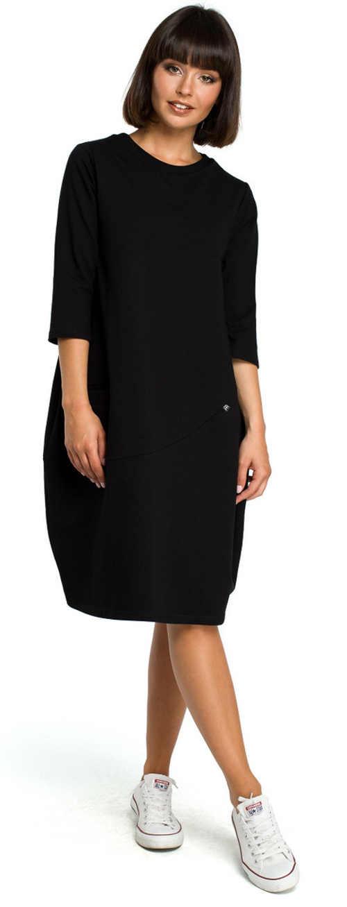 Čierne dámske šaty ku kolenám balónového strihu