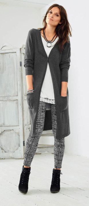Dlhý pletený dámsky sveter