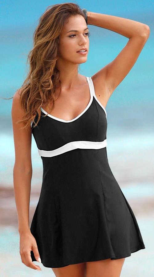 Jednodielne plavky so sukňou