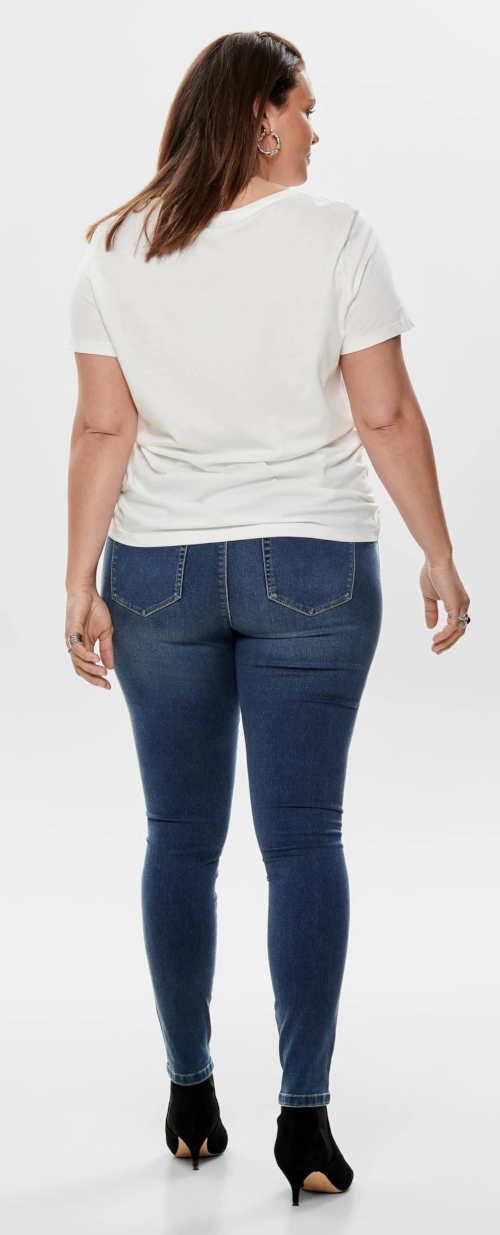 Úzke džínsy pre plnoštíhle osoby